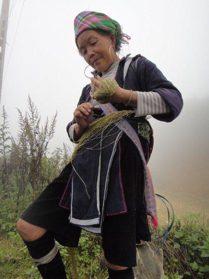 Préparation du Chanvre pour la fabrication des habits traditionnels
