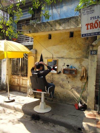 Le coiffeur de rue
