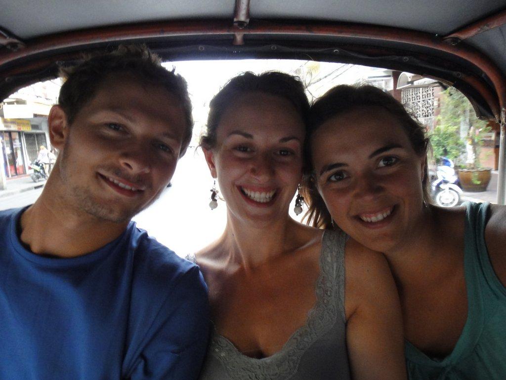 Flo, Bédie et Méla en Tuk Tuk