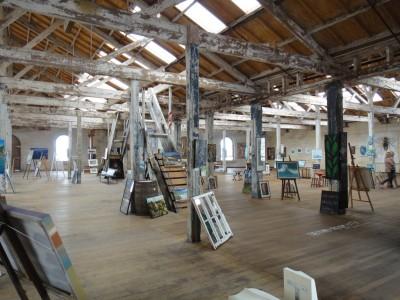 Le vieux grenier transformé en galerie d'art